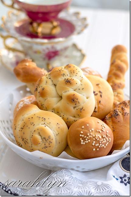 bread rolls 023 (2)Wfinal