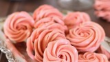 meringue-rosettes-023fix3W.jpg